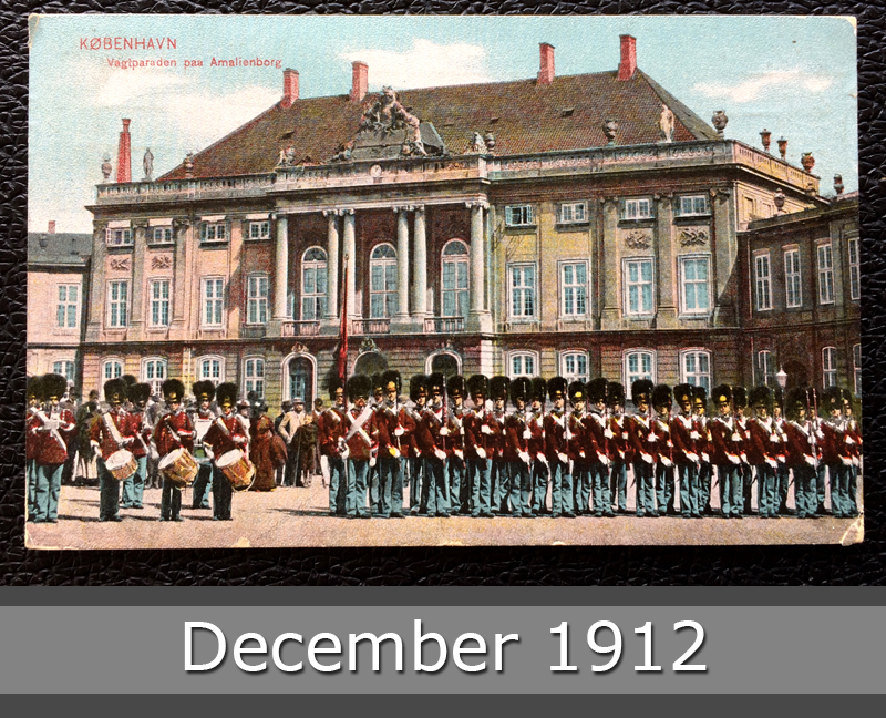 Project Postcard December 1912 - Kopenhagen Royal Soldiers in front of Amalienborg front